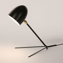 E27 Modern Simple Iron Black Triangle Serge Mouille Style Cocotte Desk Lamp for Home Hotel Decoration and Reading